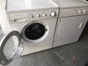 Frigidaire washer and dryer set-CAN DELIVER