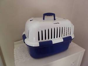 Pet carry box Bedford Bayswater Area Preview