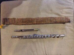 vintage artley flute $50