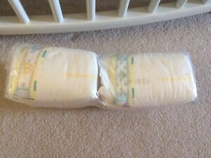 Pampers swaddlers New Born diapers