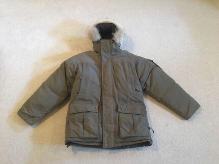 Columbia Medium Ski Jacket for sale!