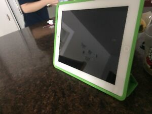 iPad 2-wifi-white- 16gb