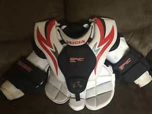 Vaughn intermediate large goalie chest protector
