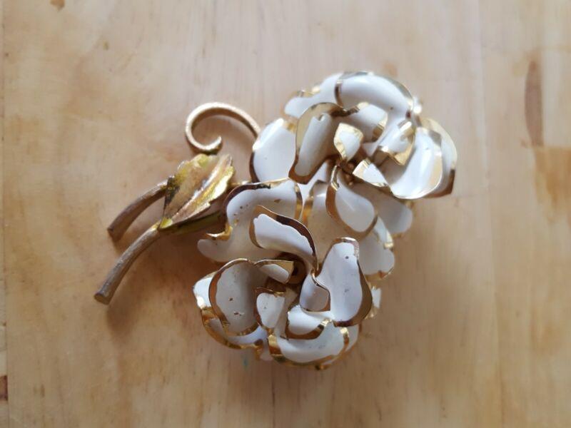 vintage gold tone white enamel flower brooch