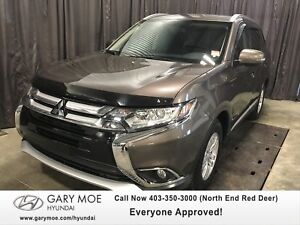 2016 Mitsubishi Outlander SE LOW KMS!!