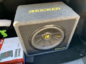 Kicker subwoofer 12 inch and 400w amp of boss  with also wiring