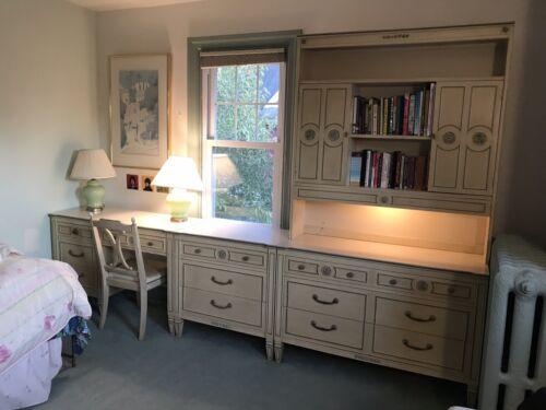 Vintage Thomasville 7 Piece Bedroom Set