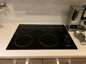 Dacor induction cooktop stove