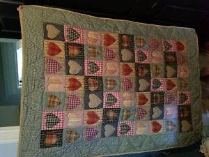 Wall quilt and pictures