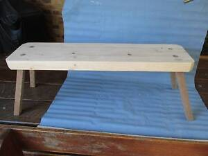Pine bench, splayed legs for steadiness, 900 by 250 mm by 45 mm, Valentine Lake Macquarie Area Preview