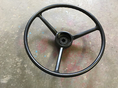 International 606 706 806 656 756 856 504 544 Tractor Steering Wheel 385156r1
