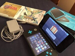 Nintendo 2DS XL - Teal with 2 games