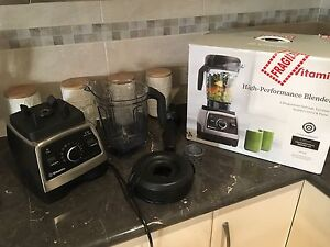 VITAMIX Professional 750: Brushed Stainless Steel new in box Magill Campbelltown Area Preview