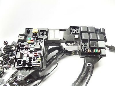NEW GENUINE JAGUAR XF 2012 3.0 DIESEL MAIN ENGINE WIRING LOOM HARNESS FUSE BOX