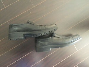 Men's ECCO dress shoes size 11