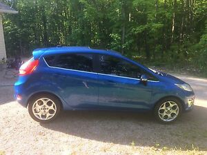 CERTIFIED 2011 Ford Fiesta SES