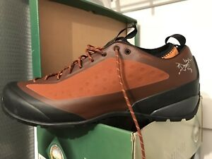 Brand New Arcteryx Ortholite Acrux FL Approach Shoe - Men