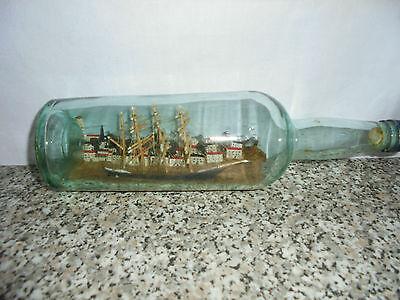 altes Buddelschiff in Flasche Schoner 4-Master