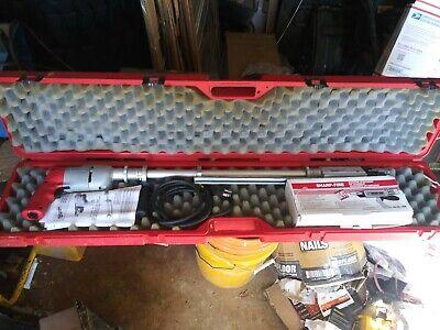 Milwaukee Sharp-fire Screw Shooter Cat. No. 6701-83