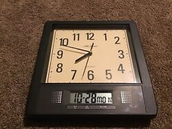 Seth Thomas Analog and Digital Quartz Wall Clock Day Date Year Seconds