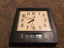 Seth Thomas Analog and Digital Quartz Wall Clock Day Date Year Seconds