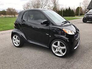 Extra Clean 2009 Widebody Smart Car