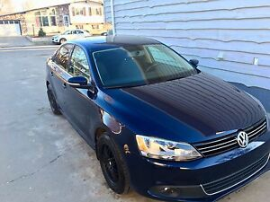 2013  comfortline jetta 2.5 heated seats, sunroof, Bluetooth