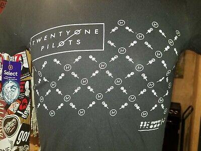 Twenty One Pilots black no tag t-shirt, American alternative rock/pop duo