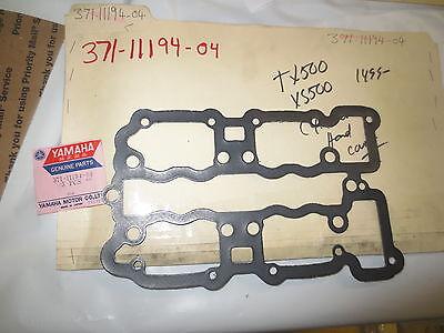 Yamaha TX500,XS500 nos oem Cylinder head cover p.n 371-11194-04