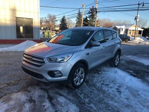 2017 Ford Escape SE 4WD CAMERA AUT 13999$ 514-692-0093