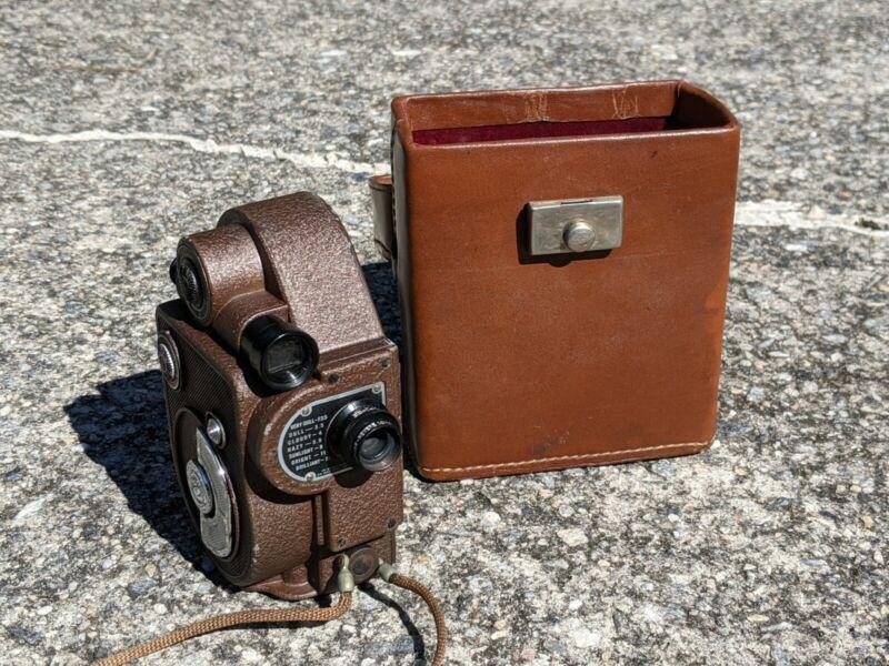 Vintage Revere Model 88 8mm Wind-up Video Camera Original Leather Case - 1945