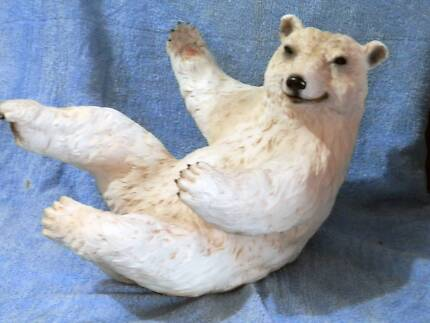 Bundy Bear Bottle Holder in great condition