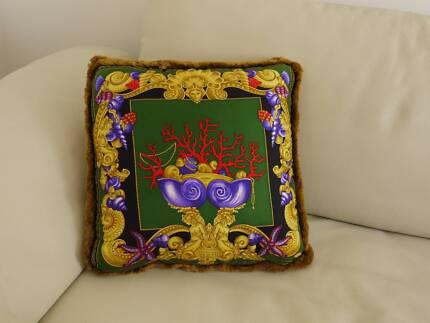 GIANNI VERSACE  -  Luxury Cushion (square) - 100% Silk