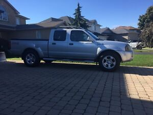 2003 Nissan Frontier Crew Cab 4x4 Supercharged.