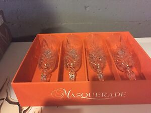 12 Crystal champagne flutes