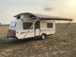 Golf Pop Top Caravan 16 Ft