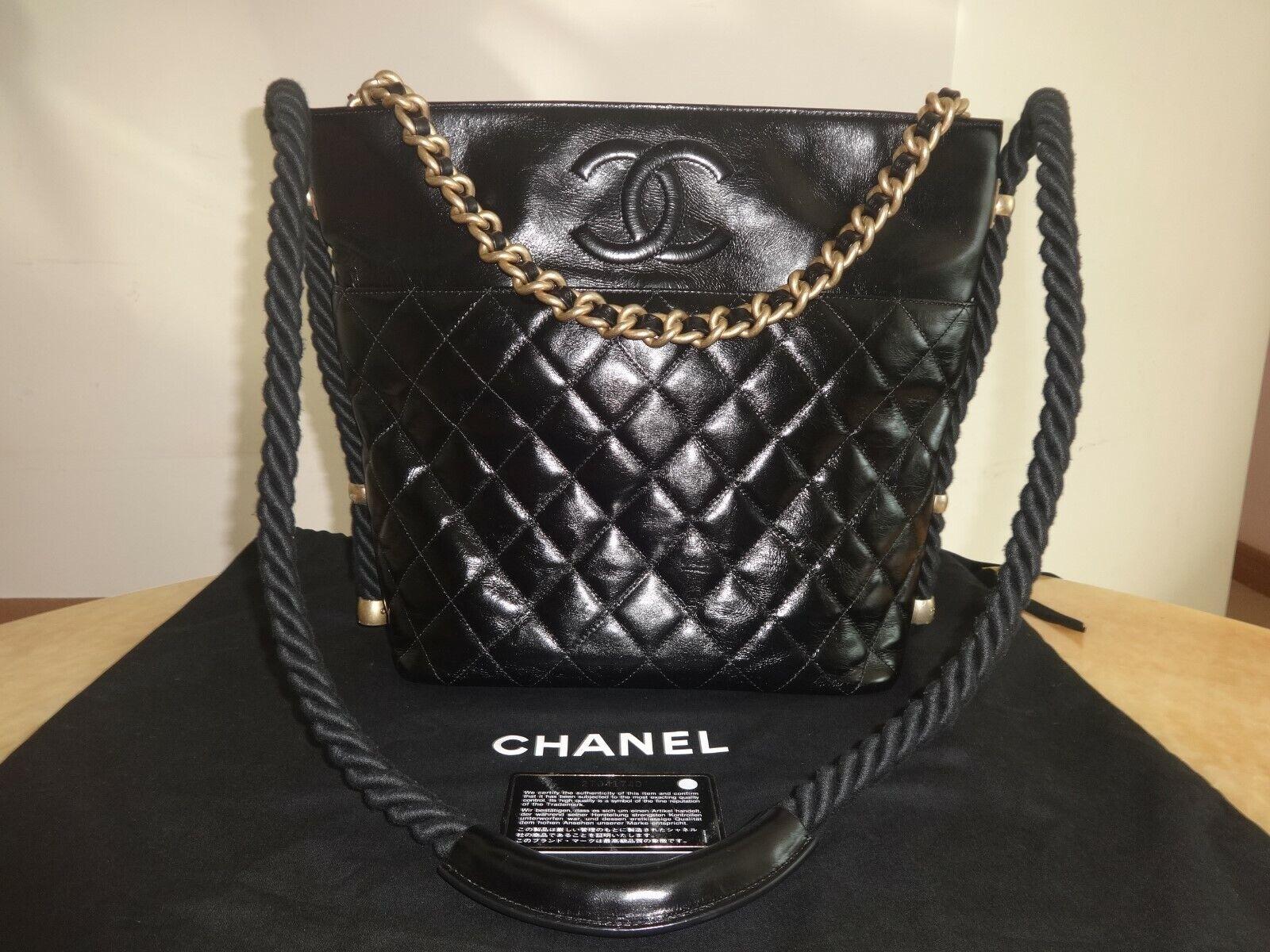 Chanel 2019 En Vogue Bag Cruise Black Leather Mint Condition 5300