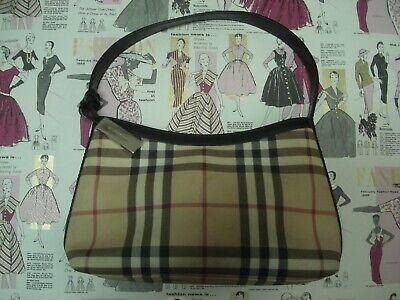Beautiful Vintage BURBERRY LONDON: Nova Check Pattern Luxury Leather Handbag