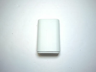 Official Microsoft Xbox 360 Rechargeable Battery Pack - White (Please (Xbox 360 Rechargeable Battery Pack Not Working)