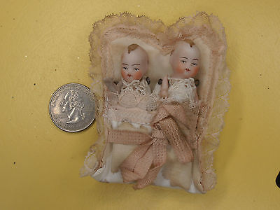 Antique 2 Baby Dolls In Bed Germany Mini Dollhouse   Limbach 1920