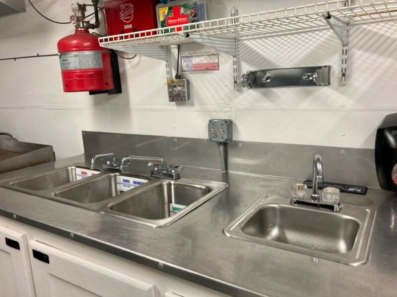 TURN KEY Full Service Kitchen Concession Trailer PERMITTED IN TX. LA. & TN.