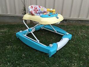 Baby walker Medowie Port Stephens Area Preview