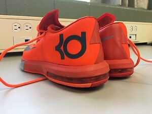 KD6 basketball shoes size 9