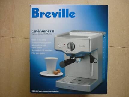 Breville Cafe Venezia Espresso Cuchino Coffee Machine Bes250