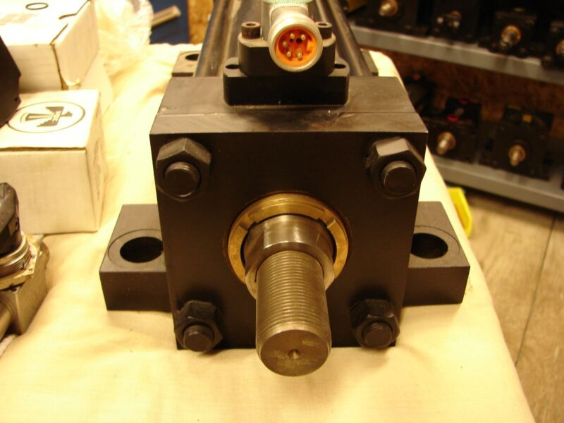 PARKER SERIES 2H 04.00 CP2HLTS14A 10.00 hydraulic cylinder RLA VICKERS REXROTH