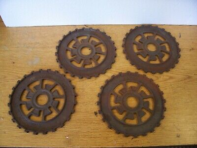 4 Vintage Cast Iron Ih Planter Plates 469810r1 International Harvester Lot Cde