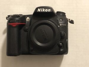 Nikon D7000 DSLR Camera Body only (Excellent Condition)