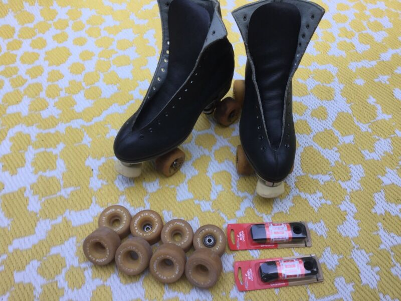 Vintage Riedell Roller Skates Competitor 6R/L Men Size 9 Sure Grip Pacesetter