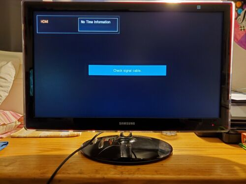 Used Samsung P2770hd LCD TV w/ Remote  27in LCD TV/Monitor