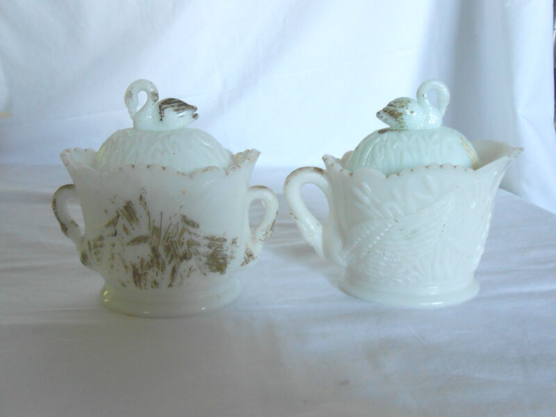 Vintage milk glass swan creamer & sugar